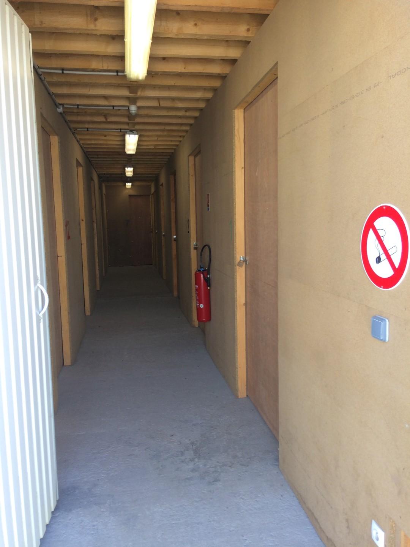Location de garde meubles nantes pornic particulier et for Garde meuble rennes tarif